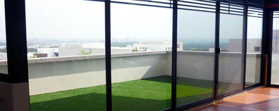Aluminio y vidrio velzquez for Celosias de aluminio para jardin